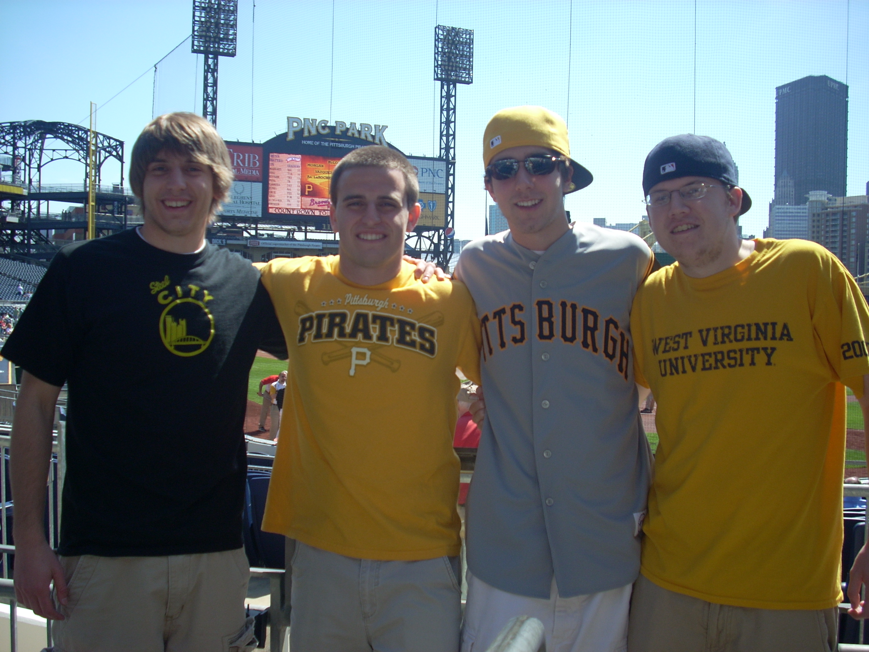 Pirates-Braves 007.JPG