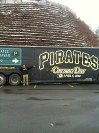 Thumbnail image for piratescaravan 011.jpg